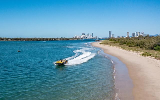 Paradise-Jet-Boating-Wave-Break-Island-close-to-beach-shot-Gold-Coast